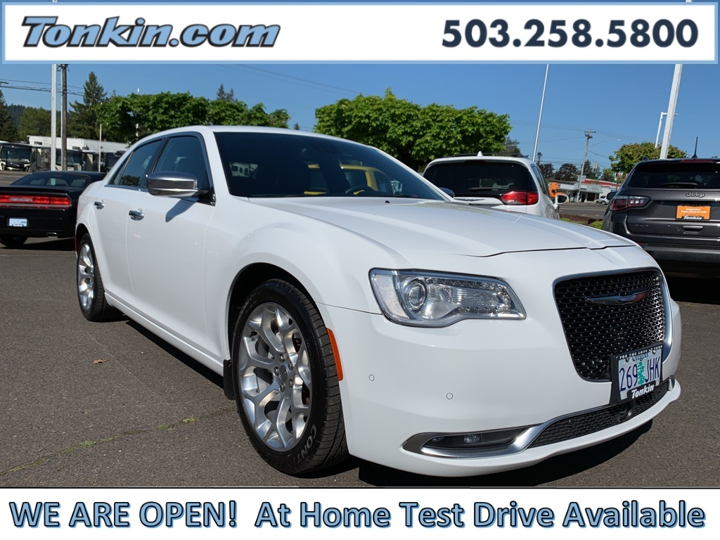 Certified Pre-Owned 2016 Chrysler 300C Platinum