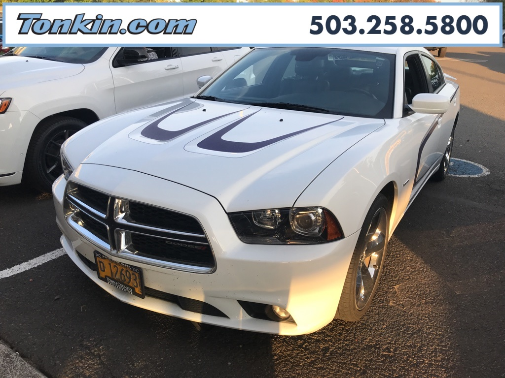 2012 Dodge Charger For Sale >> Pre Owned 2012 Dodge Charger R T 4d Sedan In Milwaukie D4119366a