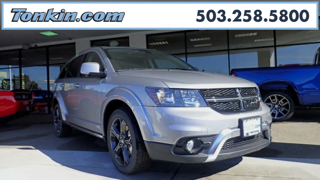 New 2018 Dodge Journey Crossroad Sport Utility In Milwaukie
